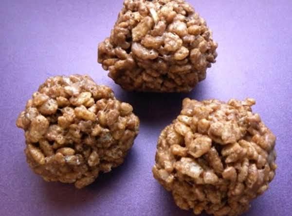 Krispy Reesey Balls Recipe