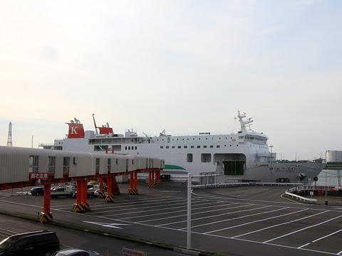 川崎近海汽船 シルバーフェリー「シルバーエイト 苫小牧港到着