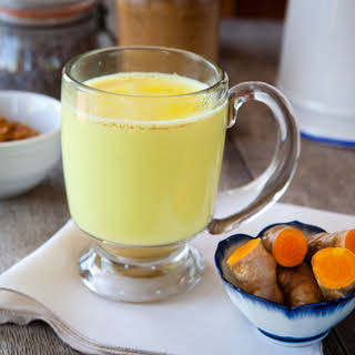 Drink this Turmeric Tonic to Reduce Pain and Inflammation.