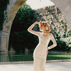 Wedding photographer Anna Gurova (Gura). Photo of 14.01.2019