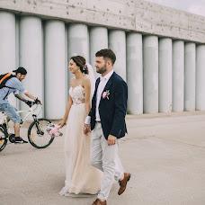 Wedding photographer Anna Kovaleva (kovaleva). Photo of 30.12.2017