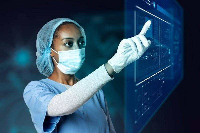 De acordo com os dados do Distrito Health Tech Report, mais de US $40 bilhões já foram investidos globalmente em healthtechs. (Fonte:Freepik/Rawpixel/Reprodução)