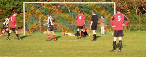 Photo: 02/12/06 v Acle Utd (ACLP) 2-1 - contributed by Paul Roth