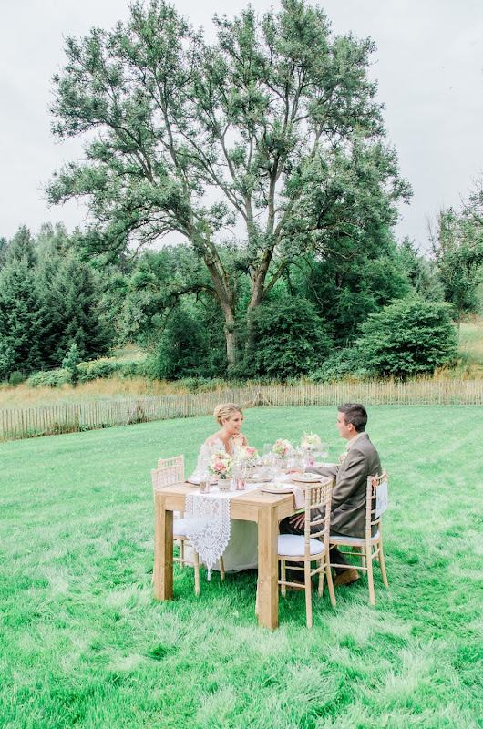 Romantic Country wedding shoot Ardennen - fotocredits: Anaïs Stoelen Photography