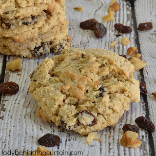 Oatmeal Raisin Cake Mix Cookie