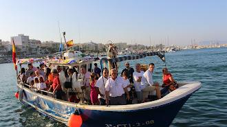 Procesión marítima en honor a la Virgen del Carmen.