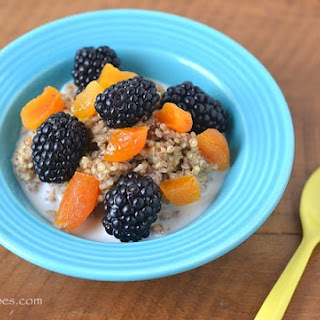 Quinoa, Oat, and Flaxseed Porridge