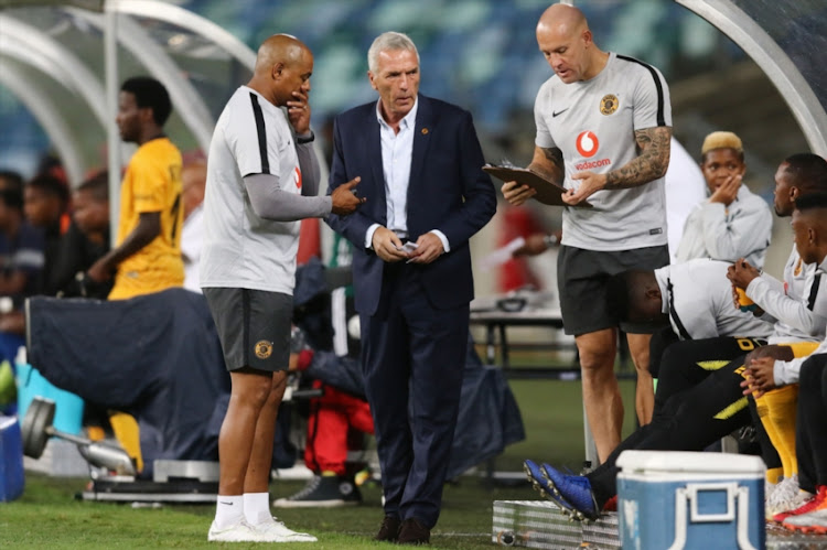 Shaun Bartlett with Ernst Middendorp during the CAF Confederation Cup match between Kaizer Chiefs and Elgeco Plus FC at Moses Mabhida Stadium on December 15, 2018 in Durban, South Africa.