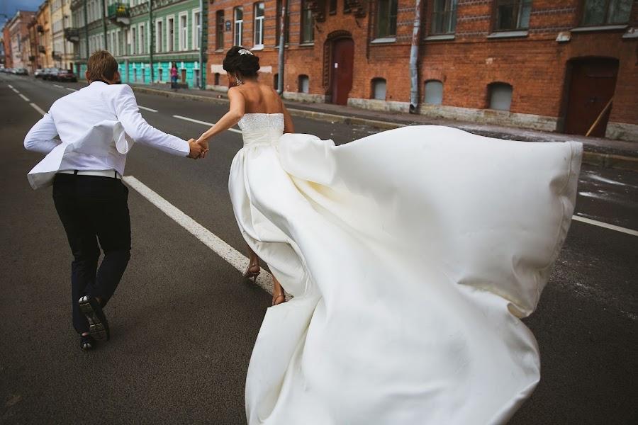 Wedding photographer Denis Persenen (krugozor). Photo of 02.11.2013