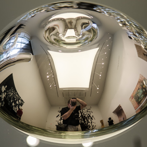 Photo: Round Man, Rounded Room.  At the De Young Museum in San Francisco