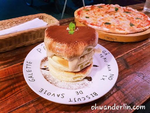 提拉米蘇舒芙蕾鬆餅👌👌👌 很可以