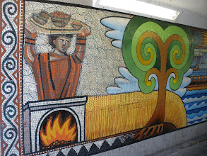 Photo: Elizabeth Way Bridge Mural (iv)