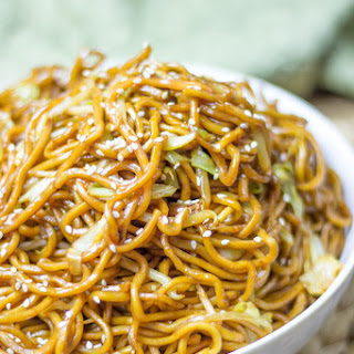 Classic Chinese Chow Mein.