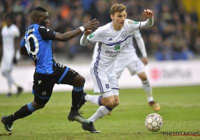 Paars-witte iconen geven aftrap in uitverkochte Classico tussen Anderlecht en Club Brugge