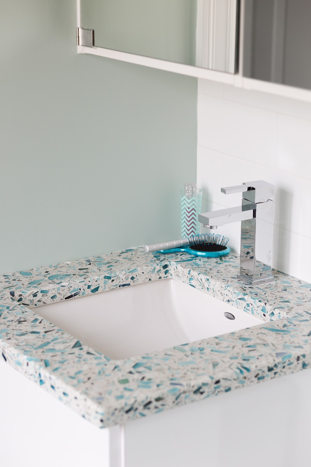 Small Space Big Style 8 Tiny Bathrooms That Wow With Color And Light From Recycled Glass