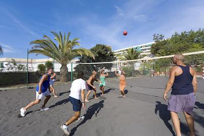 EL COMPLEJO - Pista voleibol