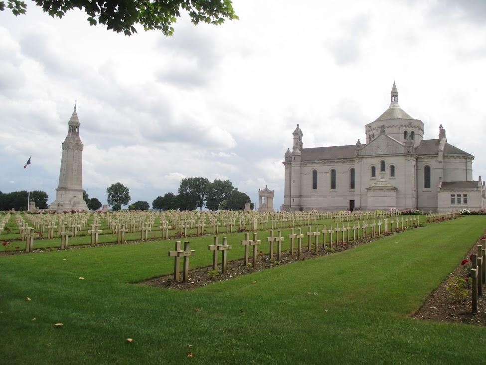 Franse militaire begraafplaats Notre-Dame-de-Lorette