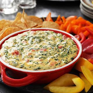 VELVEETA® Spicy Spinach Dip