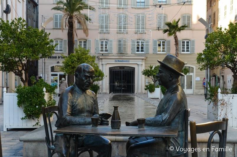Toulon - place raimu, partie de cartes