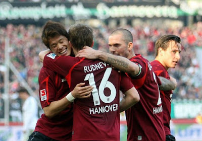 Sylvie Meis helpt Hannover 96 naar de leidersplaats in Duitsland