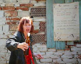 Photo: Kačíta exceluje v punkovém zpěvu i ohozu