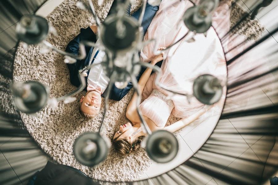 Wedding photographer Roman Pervak (Pervak). Photo of 19.08.2017