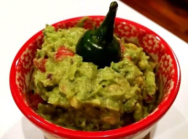 ~ Family Favorite Guacamole ~ Cassies Recipe