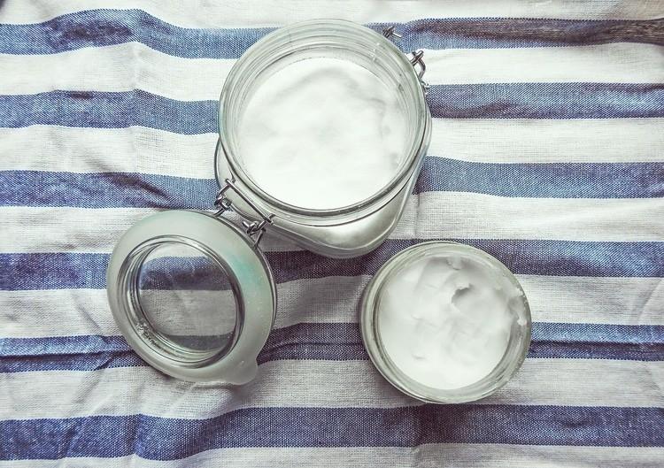 coconut oil for hormones