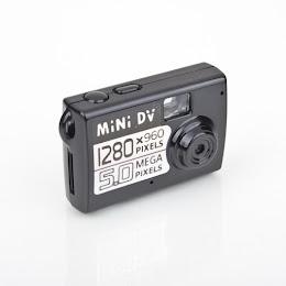 Mini Camera cu 3 functii: Foto, Video, Audio