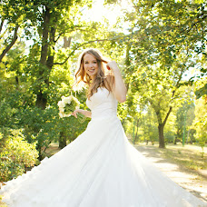 Wedding photographer Anastasiya Petropavlovskaya (panni). Photo of 05.12.2014