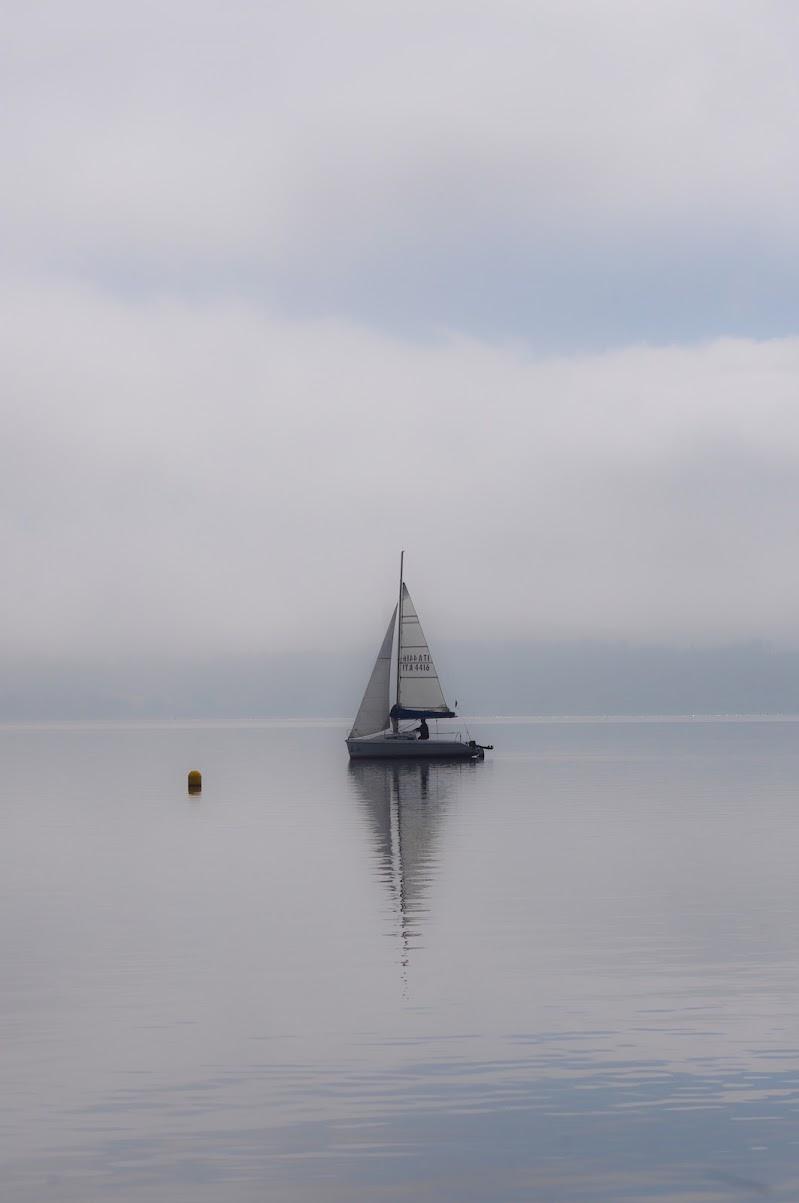 Barca nel silenzio di Marck Nibi