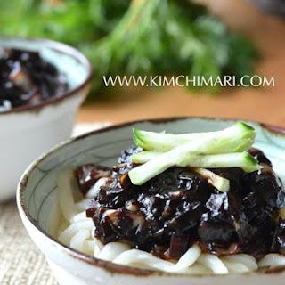 Noodles in Black Bean Sauce (간짜장면 Kaan Jajangmyeon)