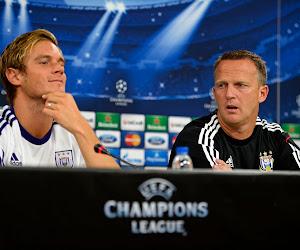 """Gillet et les coachs d'Anderlecht : """"John Van Den Brom m'a donné envie d'entraîner"""""""
