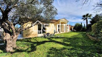 villa à Cogolin (83)