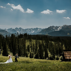 Wedding photographer Marcin Sosnicki (sosnicki). Photo of 07.04.2018