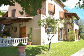 villa à Falicon (06)