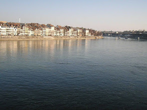 Photo: 42200849_Szwajcaria_Bazylea_stare_domy_nad_Renem
