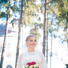 Wedding photographer Yulya Prosto (julaphoto). Photo of 22.05.2017