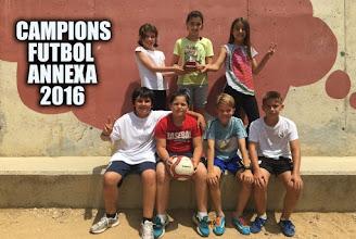 Photo: Campions futbol 5è