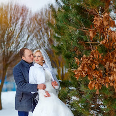 Wedding photographer Mikhail Novikov (Novikow). Photo of 20.03.2017