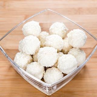 4-Ingredient Coconut Pecan Bites