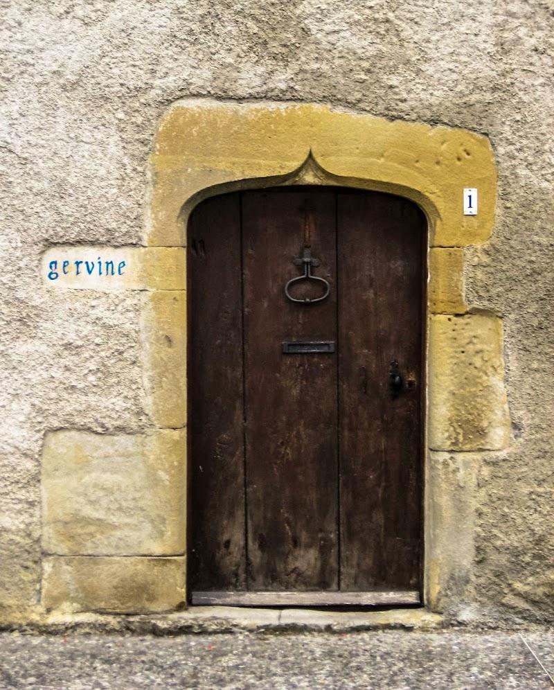 porte donnant sur la rue di fmspino