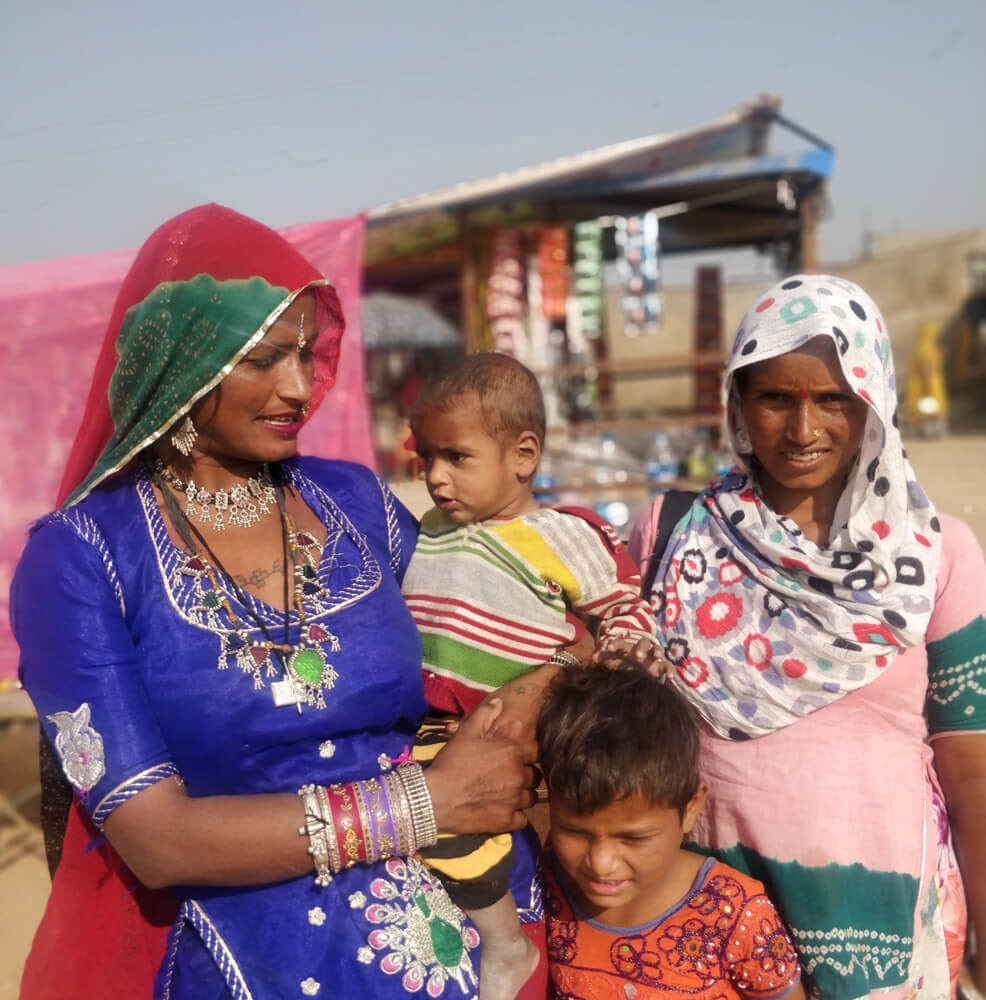 gypsy+women+pushkar+cattle+fair+rajasthan in pushkar travel blog