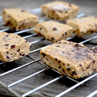 Chocolate Chip Sugar Free Paleo Protein Bar Recipe