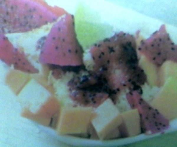Aphrodite's Vanilla Cake With Dragon Fruit Compote Recipe