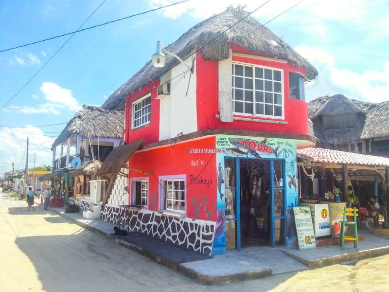 main street isla holbox