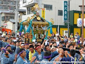Photo: 【平成23年(2011) 本宮】  元町地区の商店街を進む。