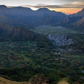 Pergasingan hill by Wisnu Sabani - Landscapes Travel