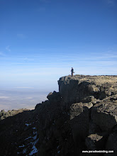 Photo: Peering into the Alvord Desert from the East Rim of Steens Mountain