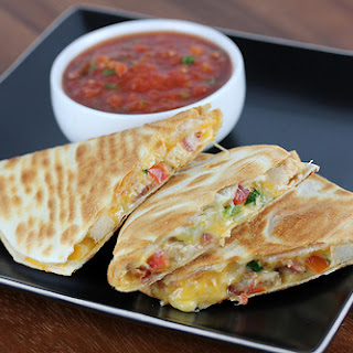 Applebee's Chicken Quesadilla Grande.
